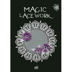 Magic Lacework de Miki Green