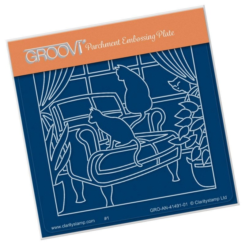 (GRO-AN-41491-01)Groovi® Baby plate A6 CATS ON A CLUB CHAIR